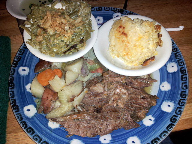 Jestine's Kitchen - Pot roast with green bean casserole and mac 'n cheese