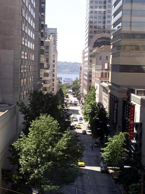 Looking down Pike St to the Pike Place Market from the convention center